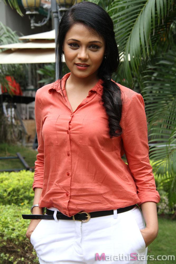 Prarthana Behere Marathi Actress Photos Biography -9191