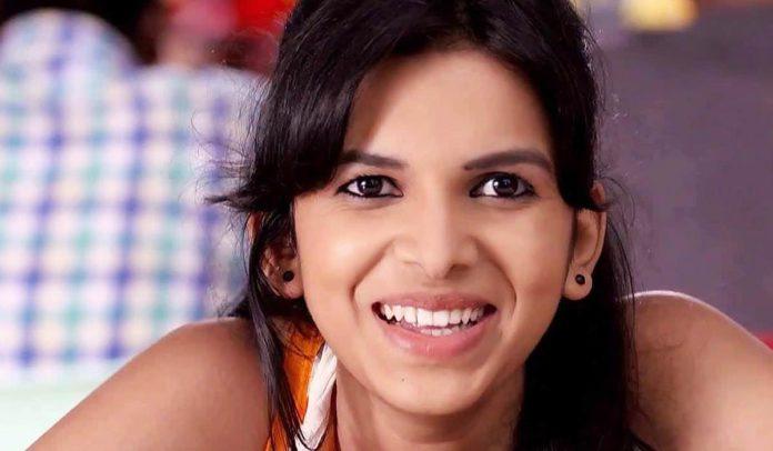 Mitali Mayekar Marathi Actress Photos Wiki